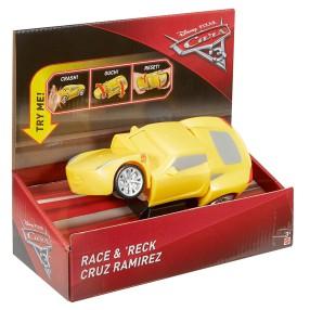 Mattel - Cars Auta 3 z kraksą Samochodzik Cruz Ramirez DYW40
