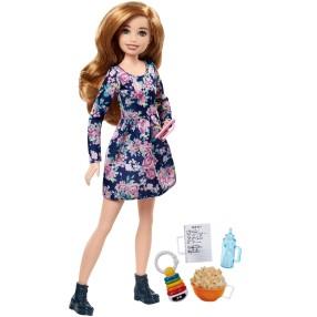 Barbie - Lalka Siostra Skipper Opiekunka dziecięca Zestaw Popcorn FHY90