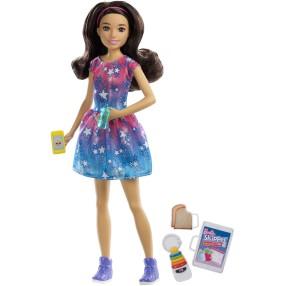 Barbie Skipper - Lalka Opiekunka dziecięca w sukience w gwiazdki + Akcesoria FXG93