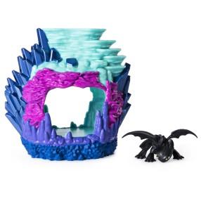 Spin Master Dragons - Zestaw Ukryty Świat Smocza Jaskinia ze światłem + figurka smoka Szczerbatek 20103613
