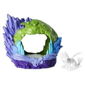 Spin Master Dragons - Zestaw Ukryty Świat Smocza Jaskinia ze światłem + figurka smoka Biała Furia 20103616