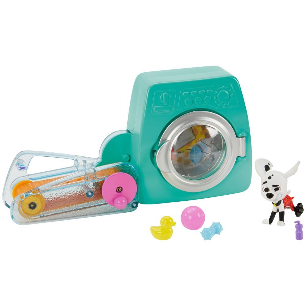 Mattel Ulica 101 Dalmatyńczyków - Zestaw do zabawy Bieg w pralni + Figurka Delgado GBM48