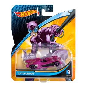 Hot Wheels - DC Comics Samochodzik Kobieta Kot DMM15