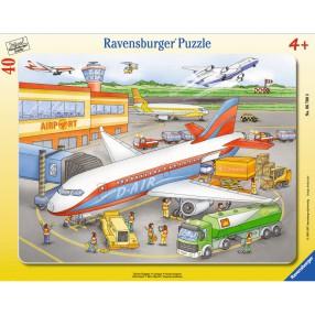 Ravensburger - Na lotnisku 067008